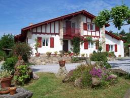 Location de vacances au pays basque fran ais dans une maison individuelle l - Maison close pays basque ...
