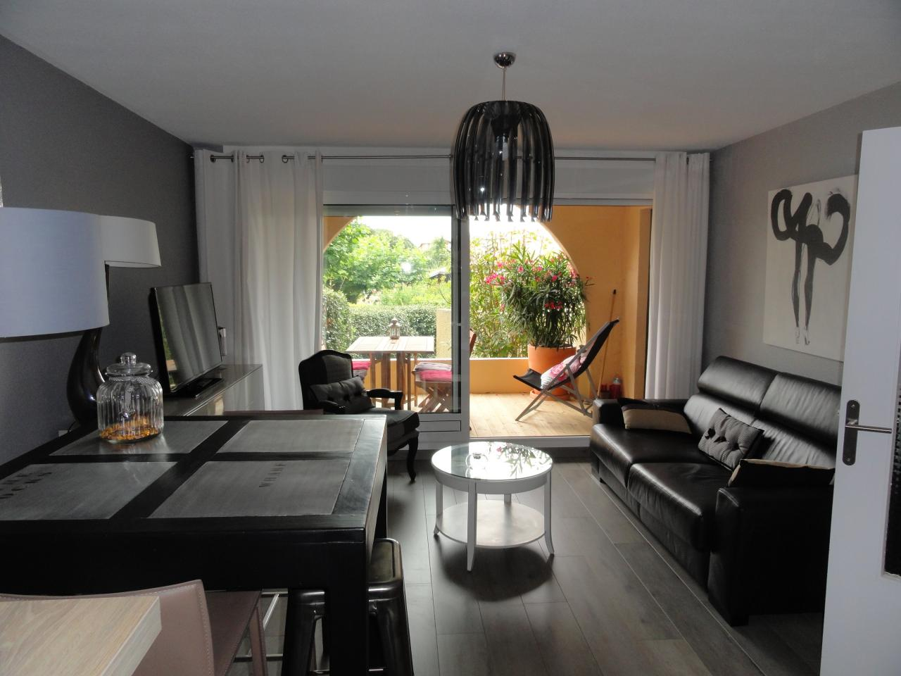 Appartement t2 anglet anglet location pays basque 64 for Location appartement bordeaux pellegrin t2