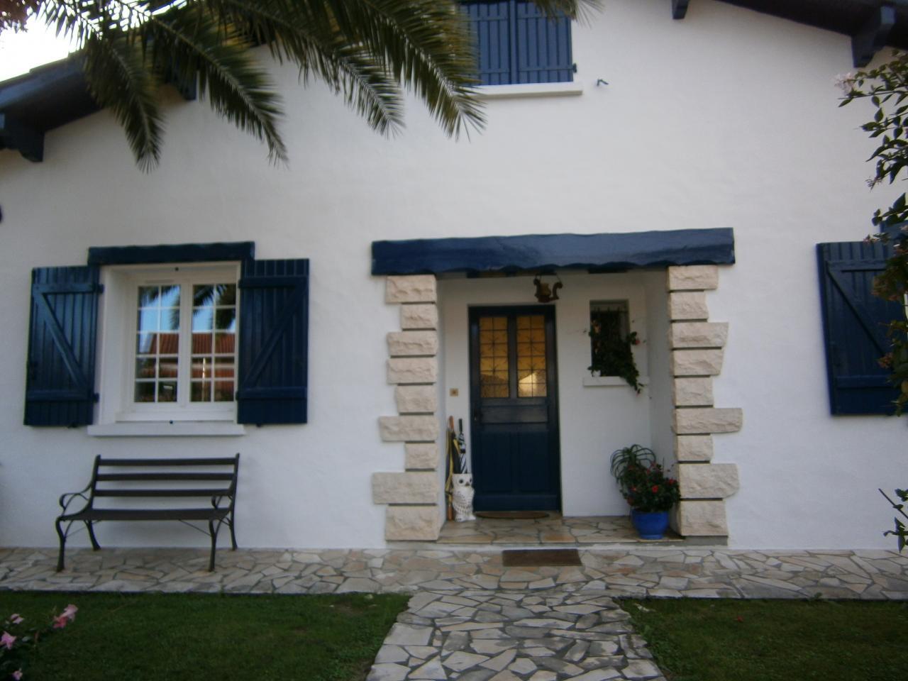 maison bidart bidart location pays basque 64. Black Bedroom Furniture Sets. Home Design Ideas
