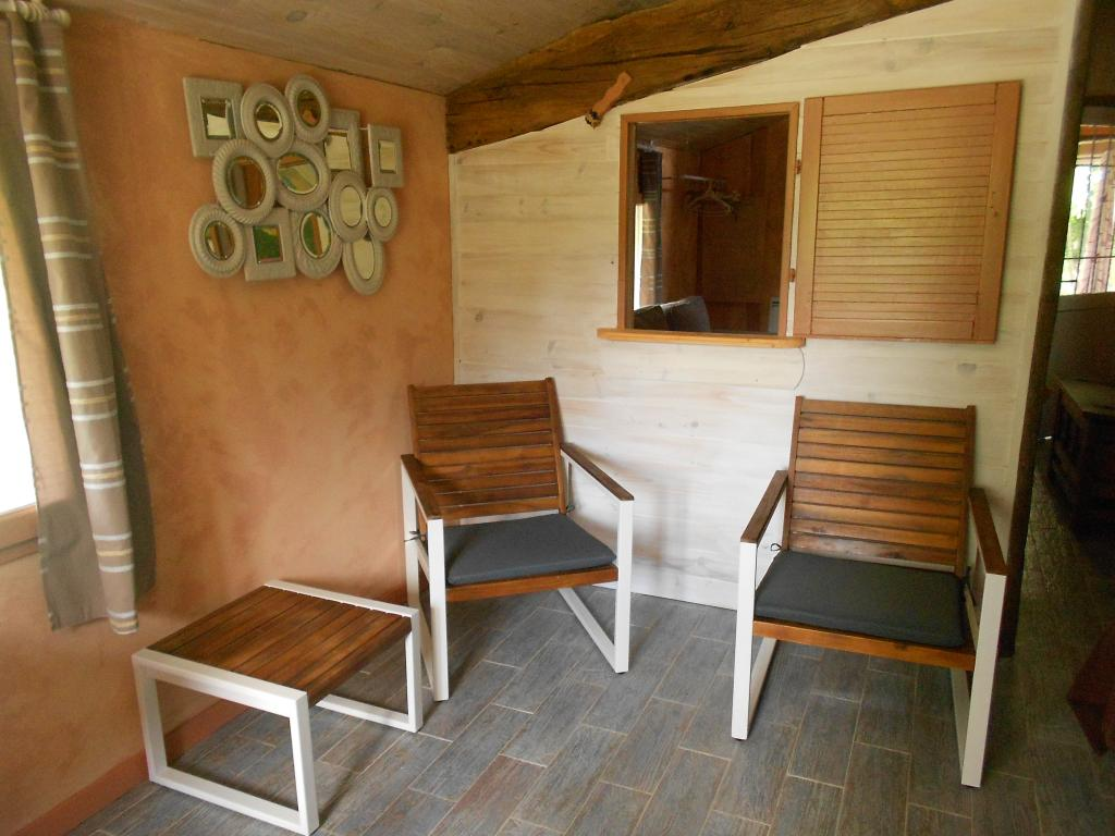 Appartement dans maison pour 4 personnes briscous avec for Appartement dans maison