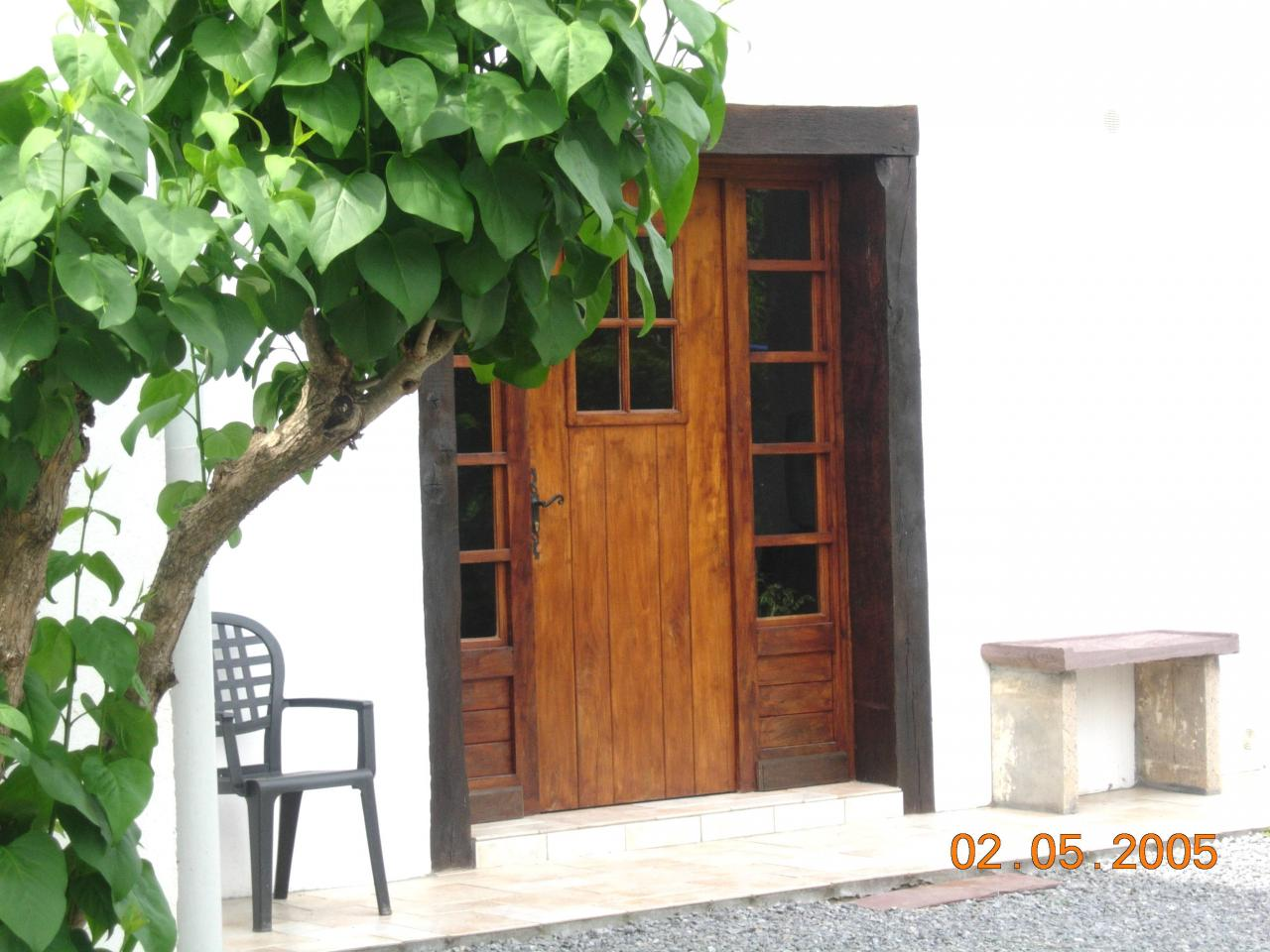 appartement dans maison bunus bunus location pays basque 64. Black Bedroom Furniture Sets. Home Design Ideas