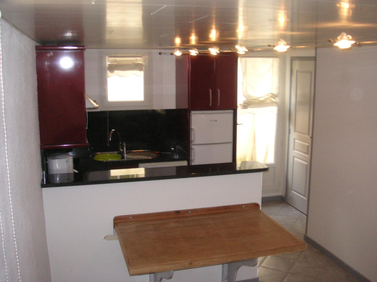 Appartement dans maison pour 4 personnes ciboure for Appartement dans maison