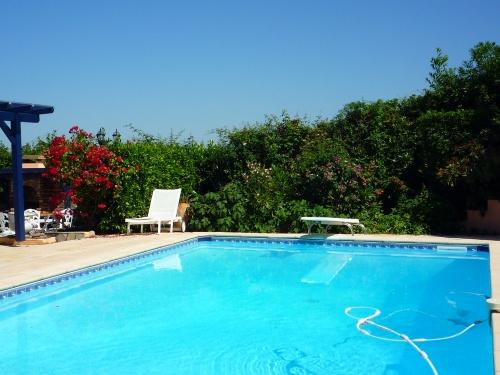 Chambre d 39 h tes ciboure avec piscine et vue mer for Chambre piscine