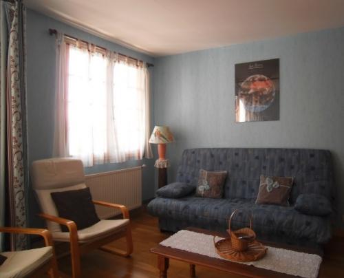 Appartement dans maison pour 4 personnes espelette avec for Location appartement dans maison