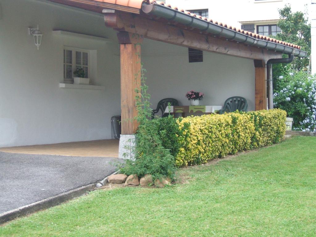 t2 3 climatis dans maison pour 3 personnes hendaye hendaye location pays basque 64. Black Bedroom Furniture Sets. Home Design Ideas