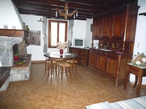 Appartement dans maison pour 4 personnes saint esteben for Location appartement dans maison