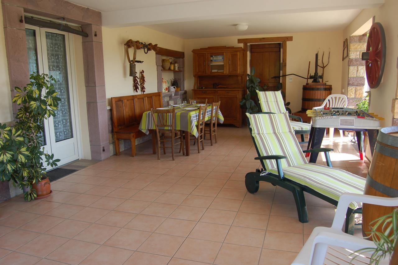 Appartement dans maison saint jean le vieux saint jean for Location appartement dans maison