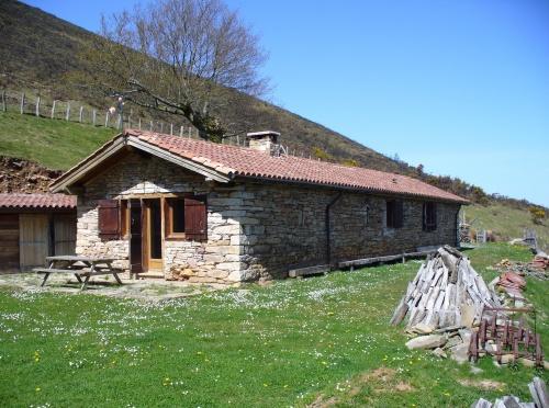 G te pour 6 personnes sare avec vue montagne sare - Chambre d hote sare pays basque ...