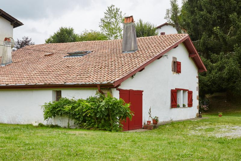 maison pour 13 personnes sare sare location pays basque 64. Black Bedroom Furniture Sets. Home Design Ideas