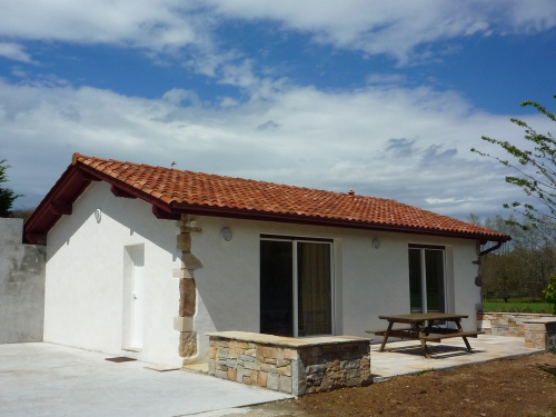 maison pour 4 personnes sare sare location pays basque 64. Black Bedroom Furniture Sets. Home Design Ideas