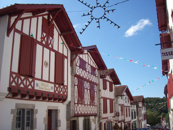 Village basque: La Bastide Clairence